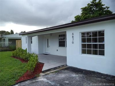 Miramar Single Family Home For Sale: 6870 SW 27th St