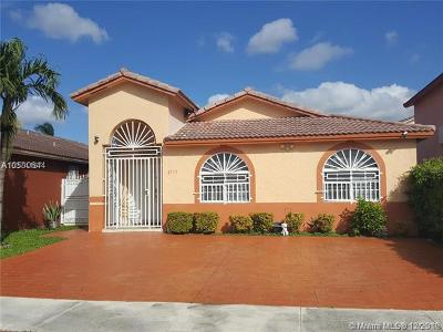 Hialeah Gardens Single Family Home For Sale: 8713 NW 111th Ter