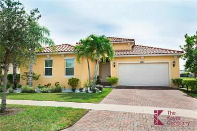 Royal Palm Beach Single Family Home For Sale: 2848 Bellarosa Cir