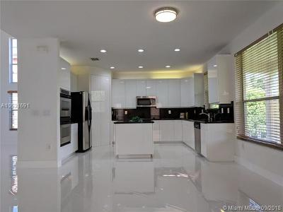 Miramar Single Family Home For Sale: 18980 SW 39th Ct