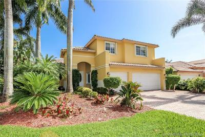 Doral Single Family Home For Sale: 11311 NW 61st St