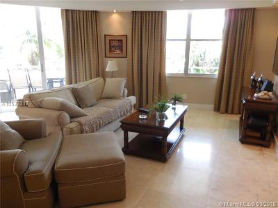 Seacoast 5151, Seacoast 5151 Condo Rental For Rent: 5161 Collins Ave #205