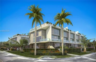 Bay Harbor Islands Condo For Sale: 9890 E Bay Harbor Drive #7