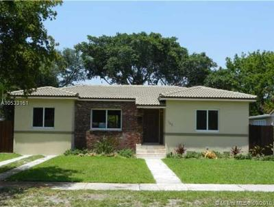 Miami Springs Single Family Home For Sale: 165 Whitethorn Dr