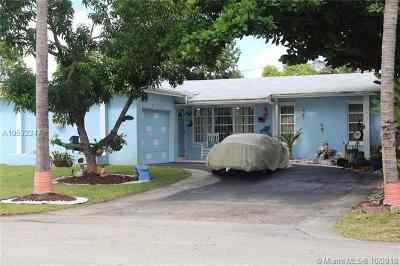 Miramar Single Family Home For Sale: 8755 N Bermuda Dr
