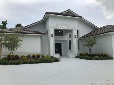 Doral Single Family Home For Sale: 9716 NW 28th Ter