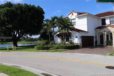 Doral Single Family Home For Sale: 820 NW 99th Ave