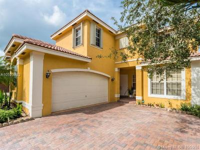 Miramar Single Family Home For Sale: 3030 SW 165th Ave