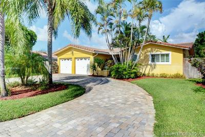 Fort Lauderdale Single Family Home For Sale: 6520 NE 20th Way