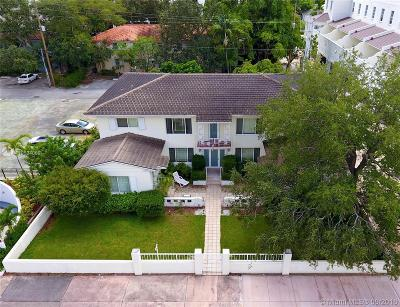Coral Gables Multi Family Home Active With Contract: 738 Biltmore Way