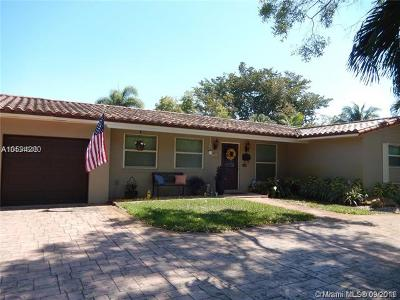 Miami Lakes Single Family Home For Sale: 14325 Tabebuia