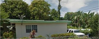 Miami Beach Single Family Home For Sale: 6820 Rue Versailles