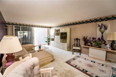 Miami Condo For Sale: 1627 Brickell Ave #1705