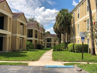 Coral Springs Condo For Sale: 833 Riverside Dr #817