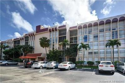Hallandale Condo For Sale: 2101 Atlantic Shores Blvd #120