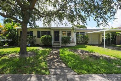 Single Family Home For Sale: 3700 SW 59th Ave