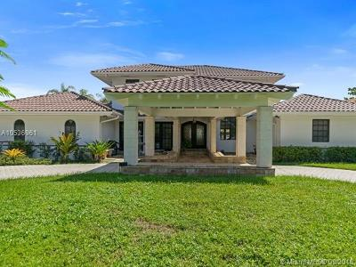 Doral Single Family Home For Sale: 9460 NW 54th Doral Ter