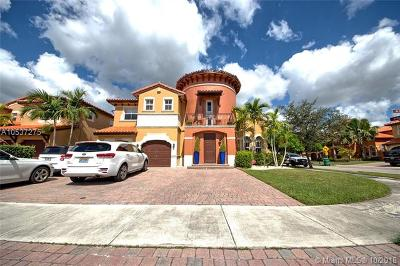 Miami Single Family Home For Sale: 15451 SW 27th St