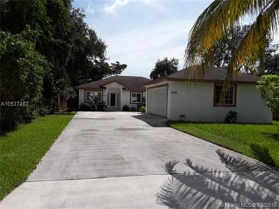 Dania Beach Single Family Home For Sale: 4584 SW 24th Ave