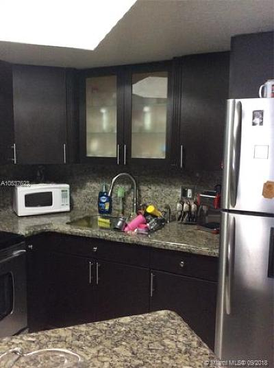 Doral Condo For Sale: 8235 Lake Dr #203