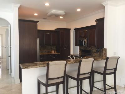 Miami Lakes Single Family Home For Sale: 16752 NW 77th Pl