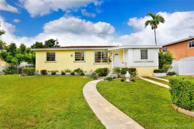Single Family Home For Sale: 2200 SW 82nd Pl