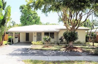 Oakland Park Single Family Home For Sale: 4780 NE 6th Ave
