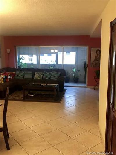 Hallandale Condo For Sale: 215 SE 3rd Ave #207A