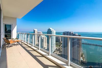 Met 1, Met 1 Condo, Met 1 Condominium, Met 1 Condo`, Met 1 Miami Rental For Rent: 300 S Biscayne Blvd #PH-3802