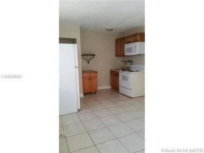 Dania Beach Multi Family Home For Sale: 34 SW 6th Ave