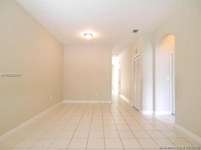 Homestead Condo For Sale: 1663 SE 29th St #105
