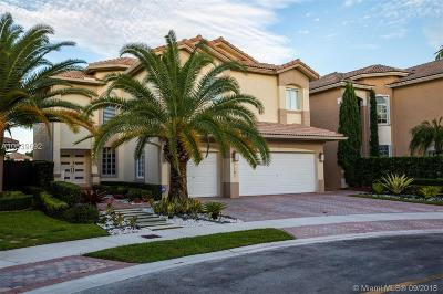Doral Single Family Home For Sale: 7181 NW 109 Pl
