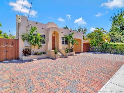Miami Single Family Home For Sale: 855-53 SW 12 Ct