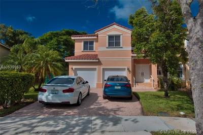 Miramar Single Family Home For Sale: 16963 SW 38th St