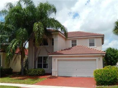 Pembroke Pines Single Family Home For Sale: 1800 NW 78th Ave