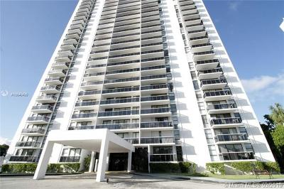 Aventura Condo For Sale: 3625 N Country Club Dr #808
