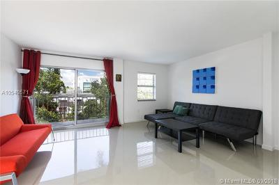 Miami Beach Condo For Sale: 221 Meridian Ave #301
