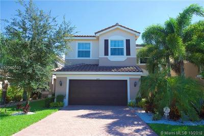 Boynton Beach Single Family Home For Sale: 8170 Brigamar Isles Ave