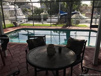 Dania Beach Single Family Home For Sale: 321 NE 2nd Ct