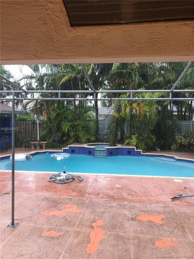 Miami FL Single Family Home For Sale: $355,000