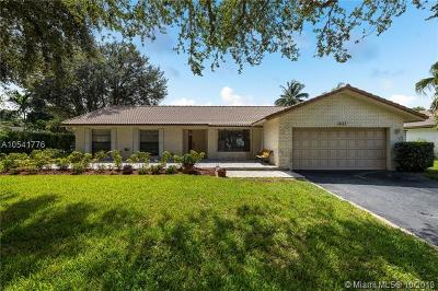 Coral Springs Single Family Home For Sale: 8122 NW 3rd Place