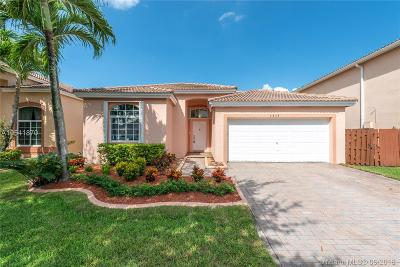 Doral Single Family Home For Sale: 5434 NW 111th Ct