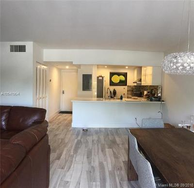 Fort Lauderdale Condo For Sale: 900 River Reach Dr #212