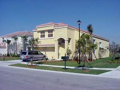 Miramar Single Family Home For Sale: 17155 SW 49th Pl