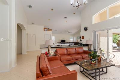 Pembroke Pines Single Family Home For Sale: 1541 SW 189th Ter