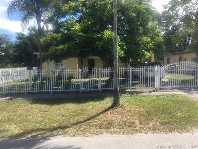 North Miami Single Family Home Active With Contract