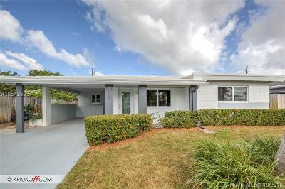 Oakland Park Single Family Home For Sale: 4580 NE 3rd Ave