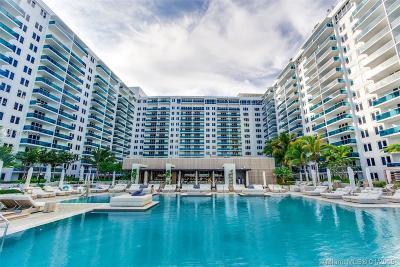 Miami Beach Condo For Sale: 2301 Collins Ave #635