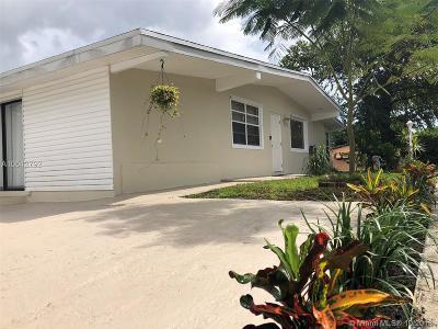 North Miami Beach Single Family Home For Sale: 17001 NE 3rd Ct