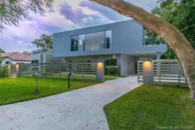 Miami Single Family Home For Sale: 3709 Poinciana Ave